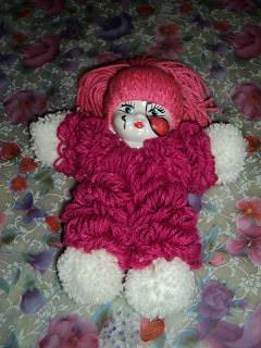 Boneca feita de lã  (Foto:Divulgação).