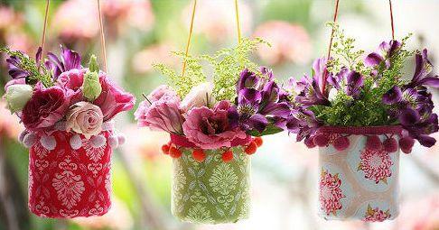 Este vaso de tecido e garrafa pet irá decorar de forma primorosa a sua casa (Foto: Divulgação)