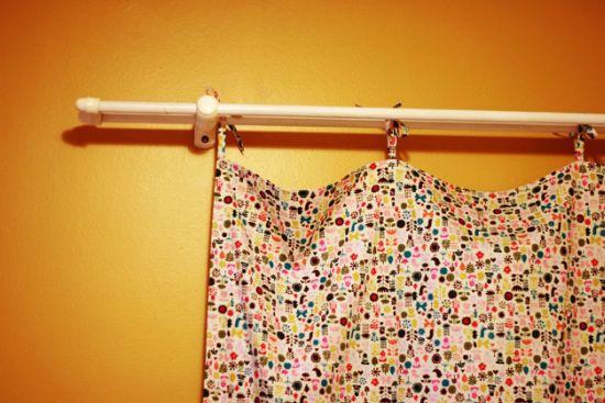 Faça uma divertida e rápida cortina utilizando somente tecido e uma máquina de costura (Foto: Divulgação)