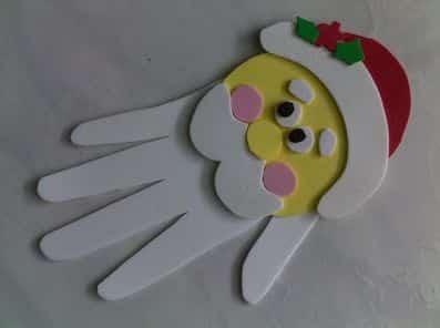 Esta lembrancinha de Natal com EVA é muito fácil de fazer além de ser bem simpática (Foto: Divulgação)