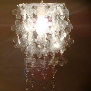Esta linda luminária para o ano novo é muito fácil de ser feita e muito barata (Foto: Divulgação)