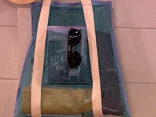 Para fazer bolsa de praia é muito fácil e você pode transformar este artesanato em renda extra (Foto: Divulgação)