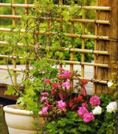 Esta cerquinha de bambu é linda e deixará sua casa bem decorada (Foto: Divulgação)