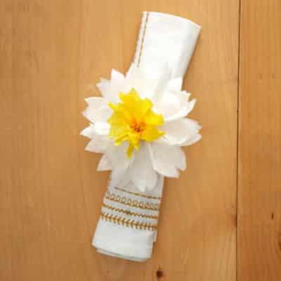 Faça este porta-guardanapo para casamento e deixe a decoração de seu grande dia muito mais especial (Foto: Divulgação)