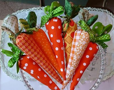 Esta facílima cenoura de tecido deixará a sua casa com decoração mais divertida (Foto: Divulgação)