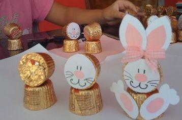 Estas lembrancinhas de Páscoa com bombons são lindas e muito fáceis de serem feitas (Foto: Divulgação)