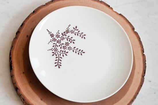 Renove seus pratos, travessas e canecas desenvolvendo louça decorada em casa (Foto: Divulgação)