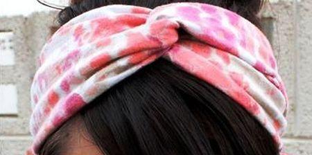 Este artesanato com tecido para dia das mães é ótima opção para mães vaidosas e femininas (Foto: Divulgação)