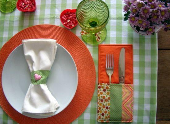 Este divertido porta-talheres para decorar mesa irá fazer você receber muitos elogios (Foto: Divulgação)