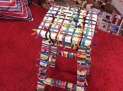 Desenvolva este banquinho decorado e deixe seus ambientes muito mais alegres e animados (Foto: foxplaybrasil.com.br)