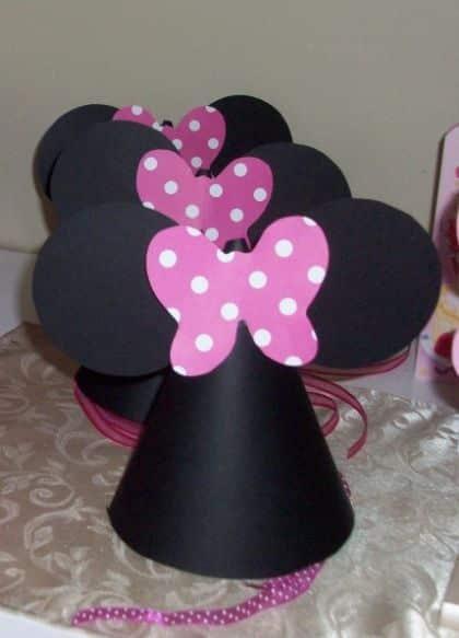Este chapéu da Minnie deixará as amiguinhas de sua filha encantadas (Foto: ehojevaiserumafesta.com)