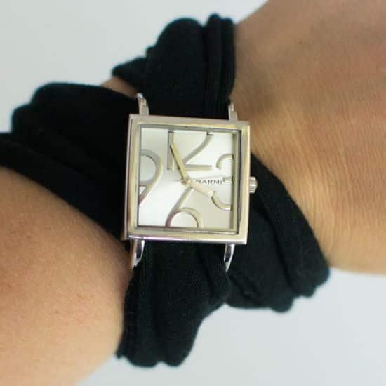 Se você sabe costurar, customizar pulseira de relógio é bem fácil (Foto: sewing.craftgossip.com)