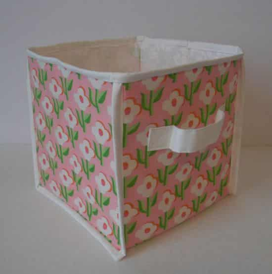 Com esta caixa organizadora de tecido a sua vida vai ficar muito mais prática (Foto: obsessivelystitching.blogspot.com.br)