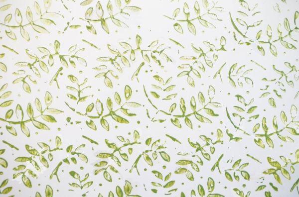 Pintura carimbo em paredes deixa sue ambiente com visual incrível (Foto: mulher.uol.com.br)