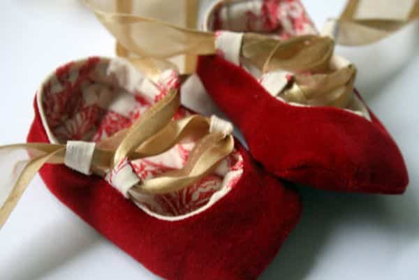 Esta fofa sapatilha de bailarina para bebê encanta a todos (Foto: academiacraft.com)