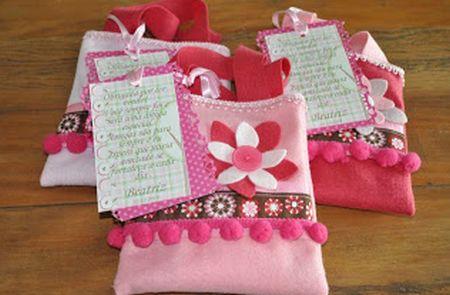 Esta bolsinha de feltro é linda e sempre faz muito sucesso (Foto: minhacasameumundo.blogspot.com.br)