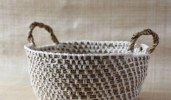 Cesta fruteira de crochê é linda e vai deixar a sua cozinha muito mais bonita (Foto: craftpassion.com)