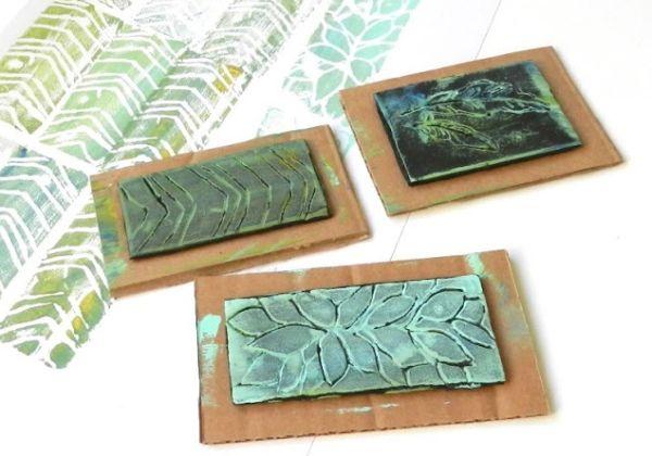 Carimbo de isopor reutilizado é diferente e deixa qualquer papel mais bonito (Foto: growcreative.blogspot.com.br)