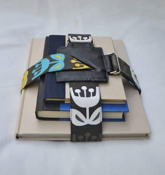 Prendedor de livros é prático, lindo e útil (Foto: howaboutorange.blogspot.com.br)