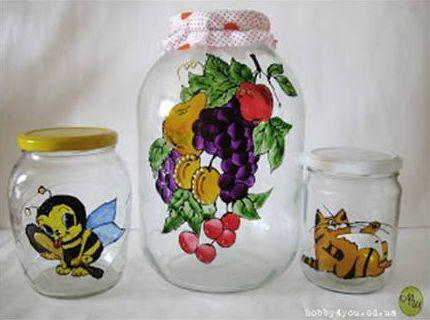 Pintura em pote de vidro customiza o vidro, valorizando-o (Foto: howtoinstructions.org)
