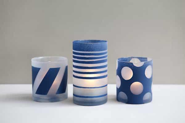 Decorar frascos de vidro é fácil e você consegue peças lindas (Foto: somethingturquoise.com)