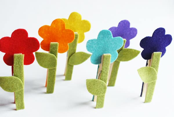 Artesanato simples com pregador de roupas decora e diverte o ambiente (Foto: hellobee.com)