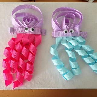 Não faltam ideias para fazer enfeites de cabelo infantil divertido (Foto: blogher.com)