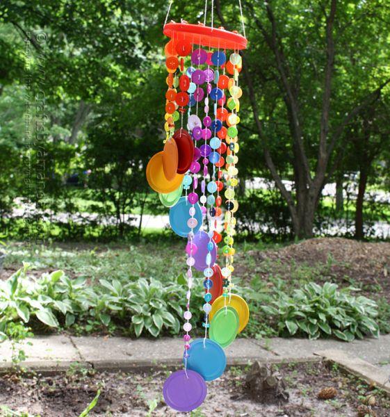 imagens de enfeites para jardim: neste enfeite para jardim com reciclagem (Foto: craftsbyamanda.com