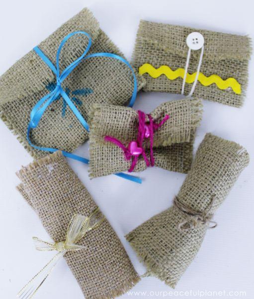 Envelope rústico é lindo e fácil de ser feito (Foto: ourpeacefulplanet.com)