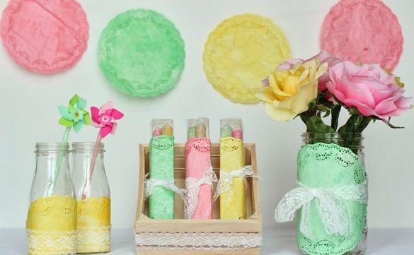 Ideia Simples para Decorar Festa com Guardanapo de Papel Rendado