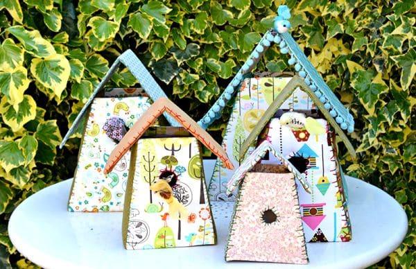 Casinha de papelão é barata para ser feita, mas pode render um dinheiro extra (Foto: pillarboxblue.com)