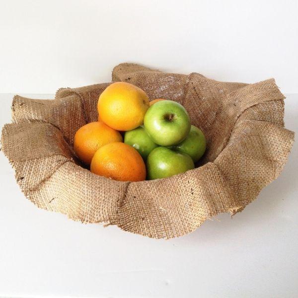 Fruteira de juta pode também ter outros formatos de aba (Foto: thesoutherninstitute.com)