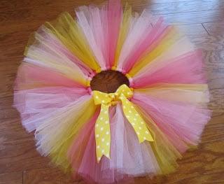 Esta saia de tule pode ter a cor ou a combinação de cores que você quiser (Foto: makebakecelebrate.blogspot.com.br)