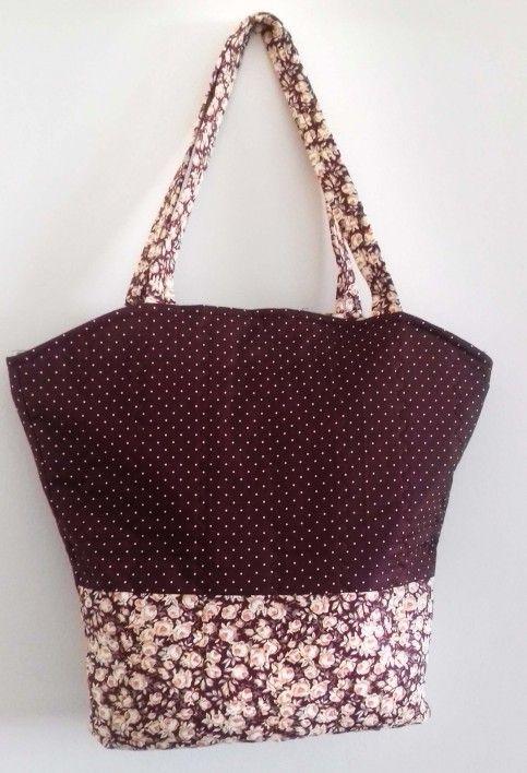 Esta sacola de tecido simples pode também ter outros complementos (Foto: singer.com.br)