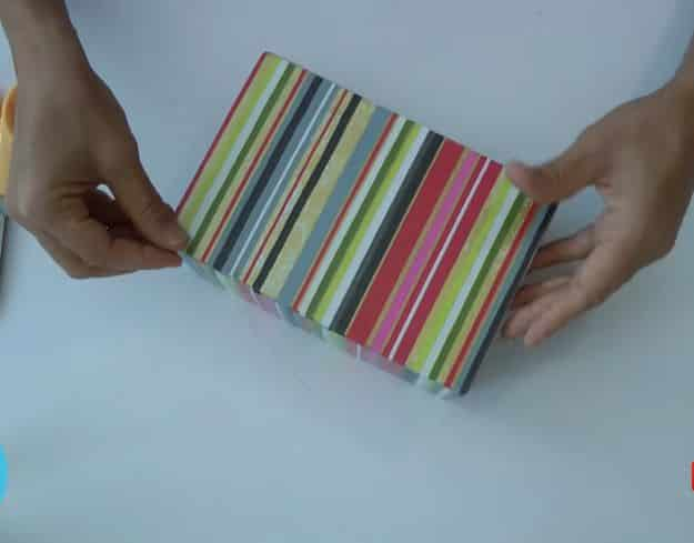 Caixa de Bijuterias com Papelão