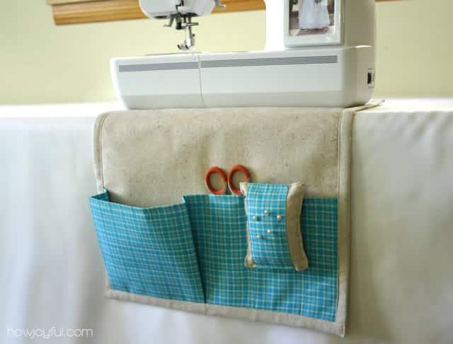 Organizador para costura é útil e ainda decora (Foto: howjoyfulblog.com)