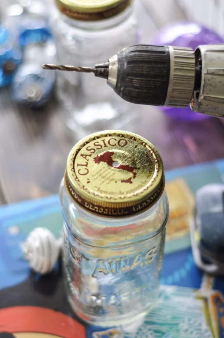Como-Fazer-Artesanato-com-Reciclagem-de-Potes-3.jpg