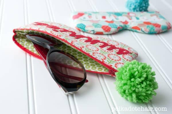 Capa de Óculos em Tecido