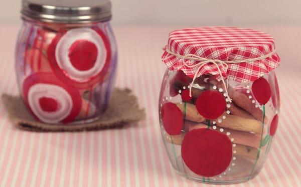Como fazer artesanato com potes de papinha for Decoracion de frascos de vidrio para cocina