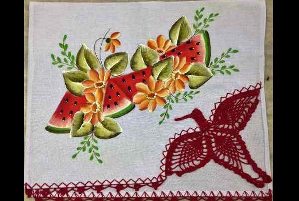 pano de prato pintado com beija flor