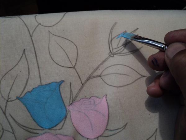 pano de prato pintado com florzinha