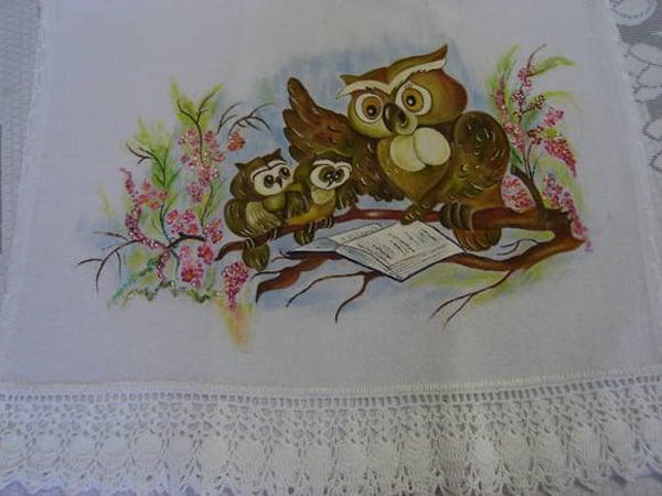 pano de prato pintado com coruja