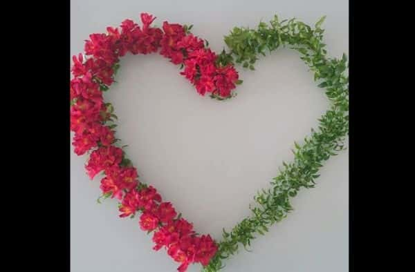 coração de flores diferente