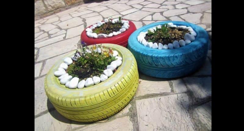 vaso de pneu com pedra