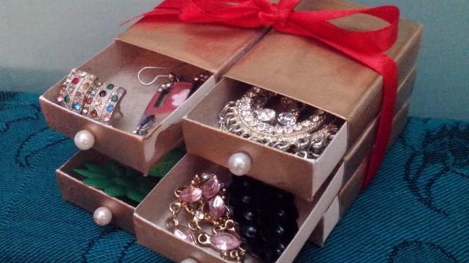 reciclagem com caixa de fósforos porta joias