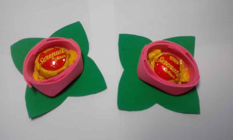 lembrança de EVA rosas