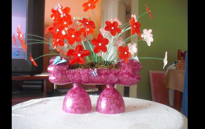 flores recicladas de garrafa pet