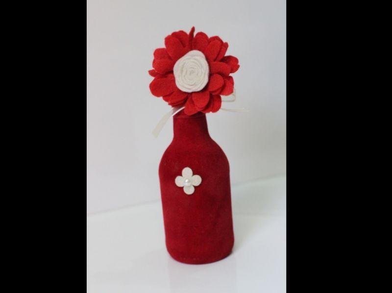 garrafa decorada vermelha