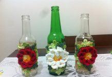 garrafa decorada com flor