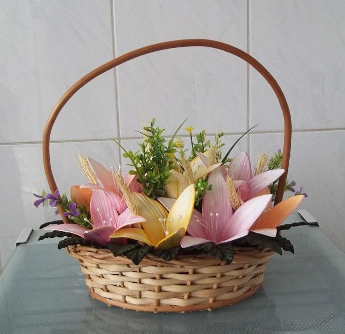 flor de eva no cesto